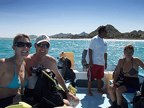Jon, Stacy and Pilu in the hands of caption on the way out to our last 2 dives for certification.